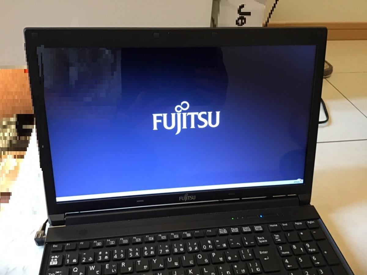 大阪府堺市北区 ノートパソコンの液晶パネル割れ/富士通 Windows 10のイメージ