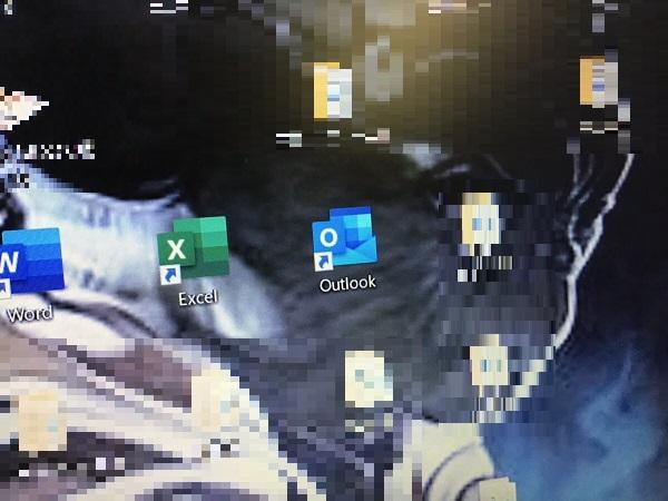 千葉県市川市 ノートパソコンでOutlookが開かない/NEC Windows 10のイメージ