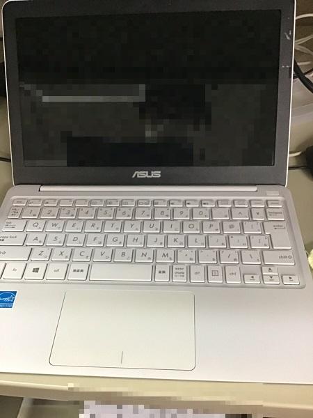 神奈川県秦野市 ノートパソコンの液晶割れ/ASUS Windows 10のイメージ